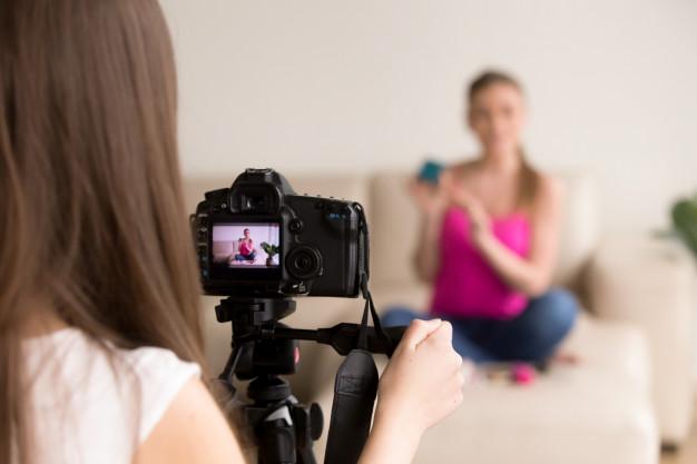 fer vídeos en directe a casa